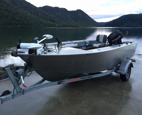 The FC 430T was our first ever FC model and has proven to be a fantastic performer. Built from 3mm and 4mm marine-grade aluminium, these boats are built tough. The wide hull design ensures the ultimate in ride and stability at rest.